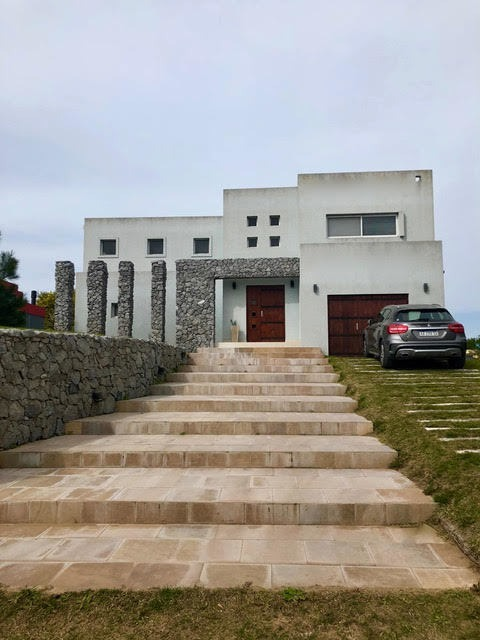 vendo excelente casa en costa esmeralda