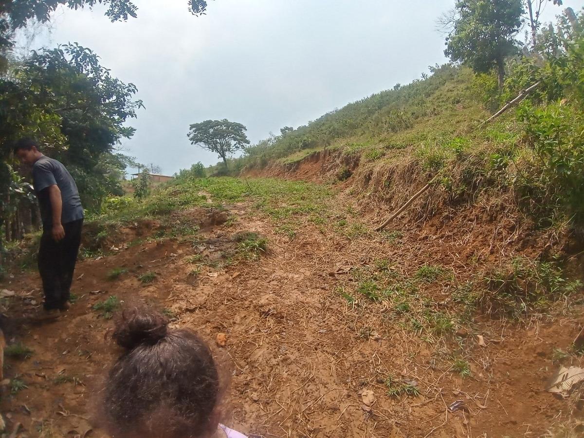 vendo finca cerca a cocorna 2 hectareas con casa