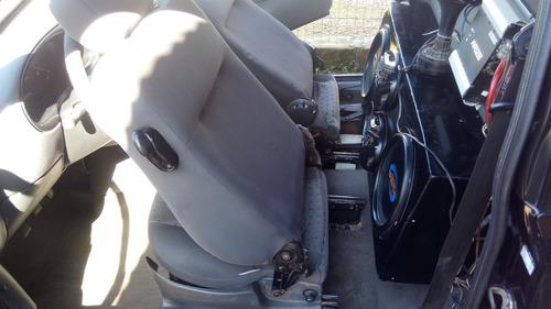 vendo ford courier 2005 em dia 1.6 gasolina basica