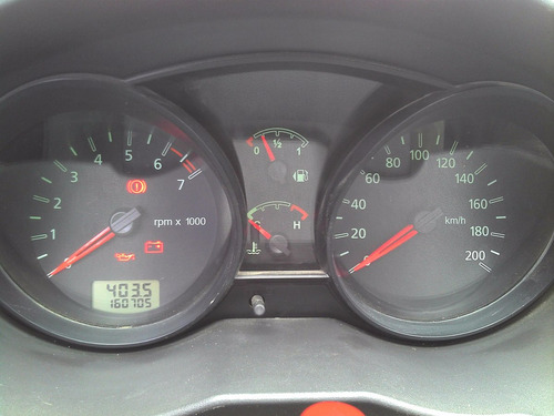 vendo ford fiesta max ambiente 1.6  ptas nafta km 160000!!!!