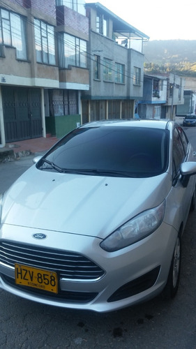 vendo ford fiesta modelo 2014 $25.000.000 negociables