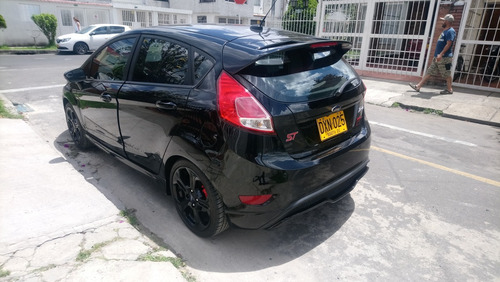 vendo ford fiesta st 1600 ecoboost® turbo 197 hp