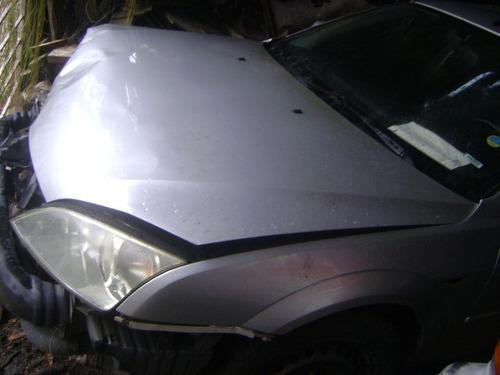vendo ford mondeo año 2004 por piezas