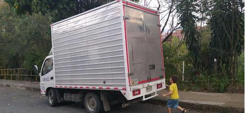 vendo furgon modelo 2016