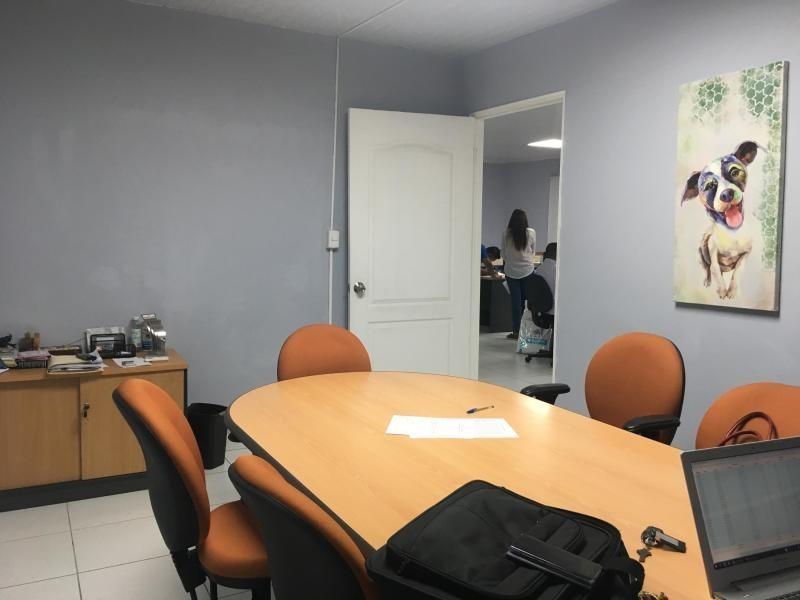 vendo galera espaciosa en tocumen office storage 19-8092**gg