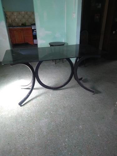 vendo!! gran oferta!! mesa de vidrio pie de caño, cómo nueva