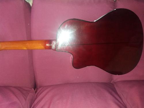 vendo guitarra electroacústica sentechordi en un buen estado