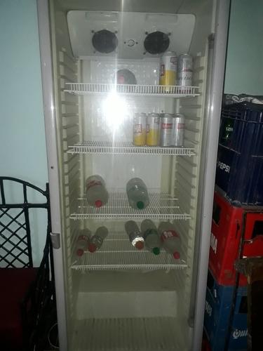 vendo heladera exhibidora usada en buen funcionamiento