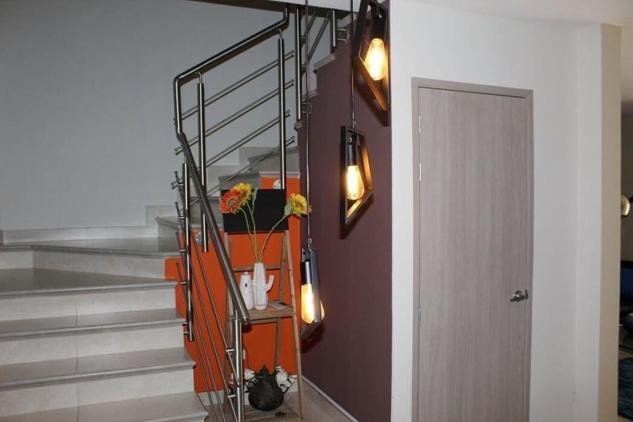 vendo hermosa casa amoblada en reservas de versalles 19-9926