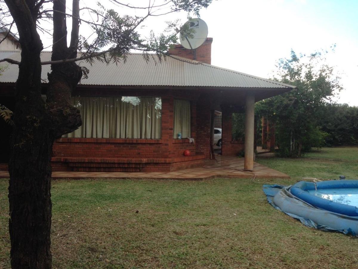 vendo hermosa casa con amplio patio.