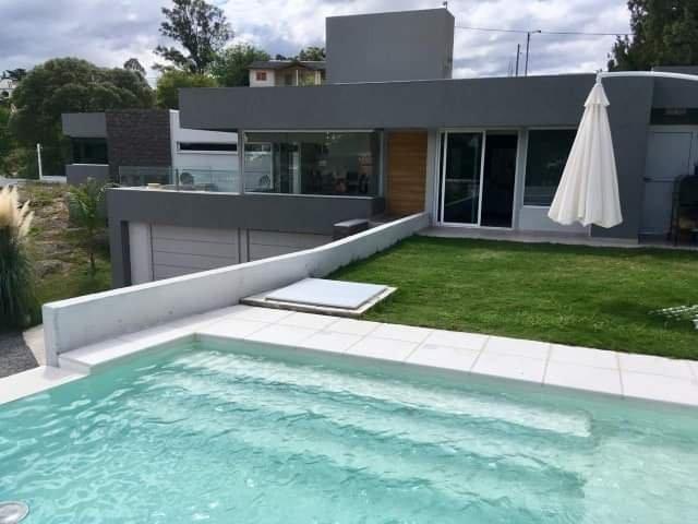 vendo hermosa casa con detalles de categoria lista para vivir y disfrutar