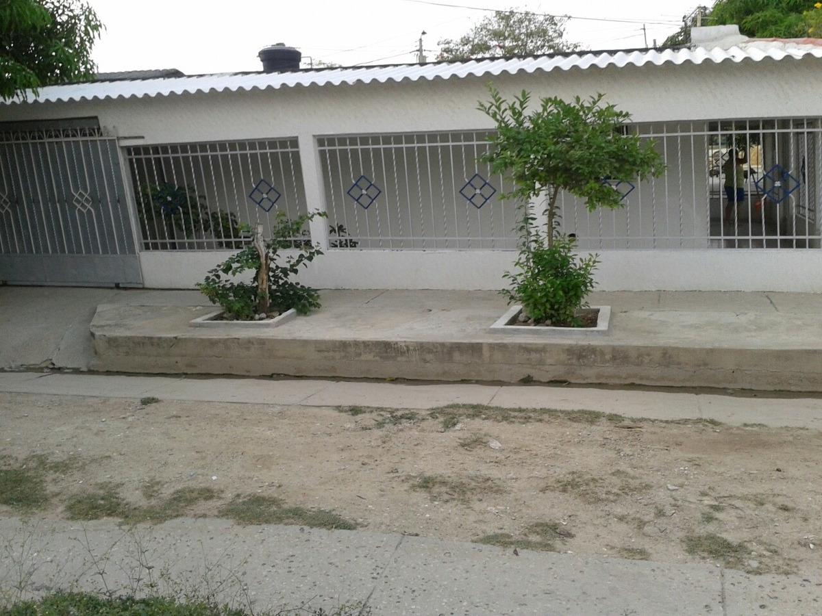 vendo hermosa casa de esquina vía p/pal