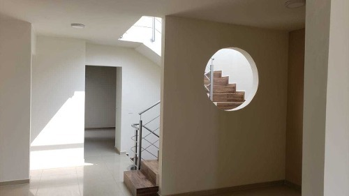 vendo hermosa casa de gran tamaño en residencial los cedros