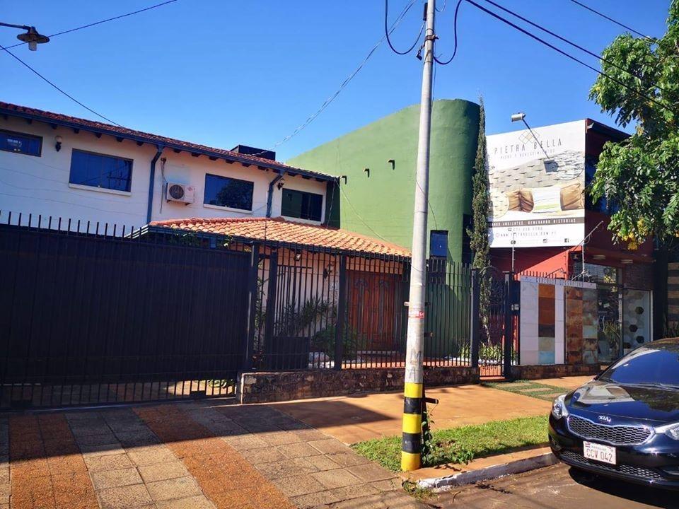 vendo hermosa casa en cde en villa bancaria cod 2653