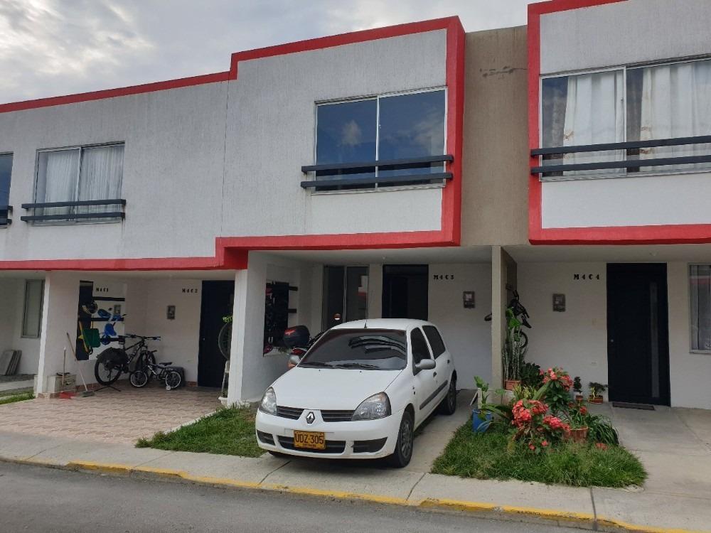 vendo hermosa casa en el conjunto residencial villa de leyva