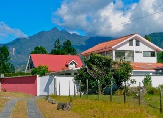 vendo hermosa casa en el pueblo de volcan chiriqui- ysg