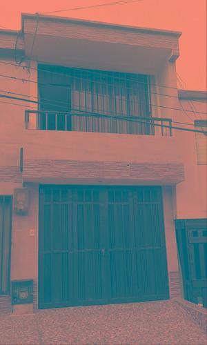 vendo hermosa casa en la villa