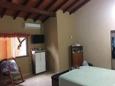 vendo hermosa casa en villa elisa y5115