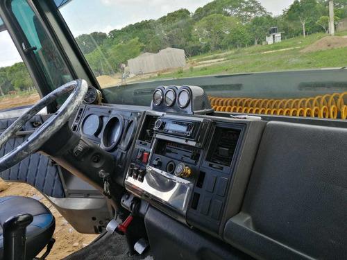 vendo hermosa ford  modelo 2006