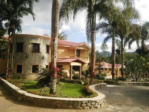 vendo hermosa villa amueblada, 3hab. 4834m2, piscina, terraz