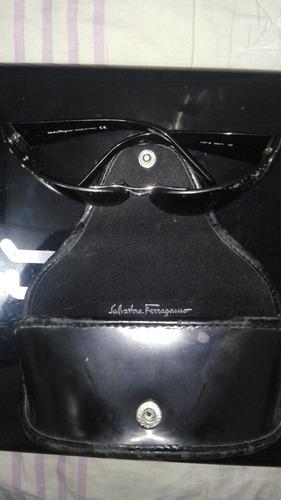 vendo hermosas gafas salvatore ferragamo en estuche original