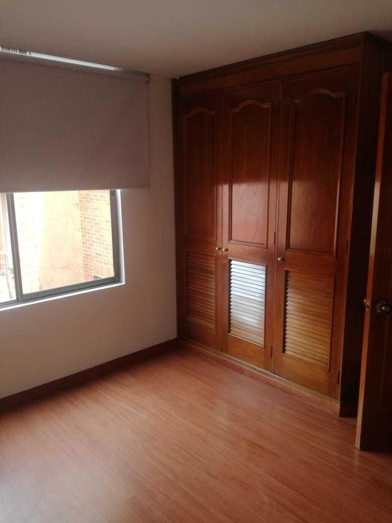 vendo hermoso apartamento, ubicado en el barrio batán. cuent