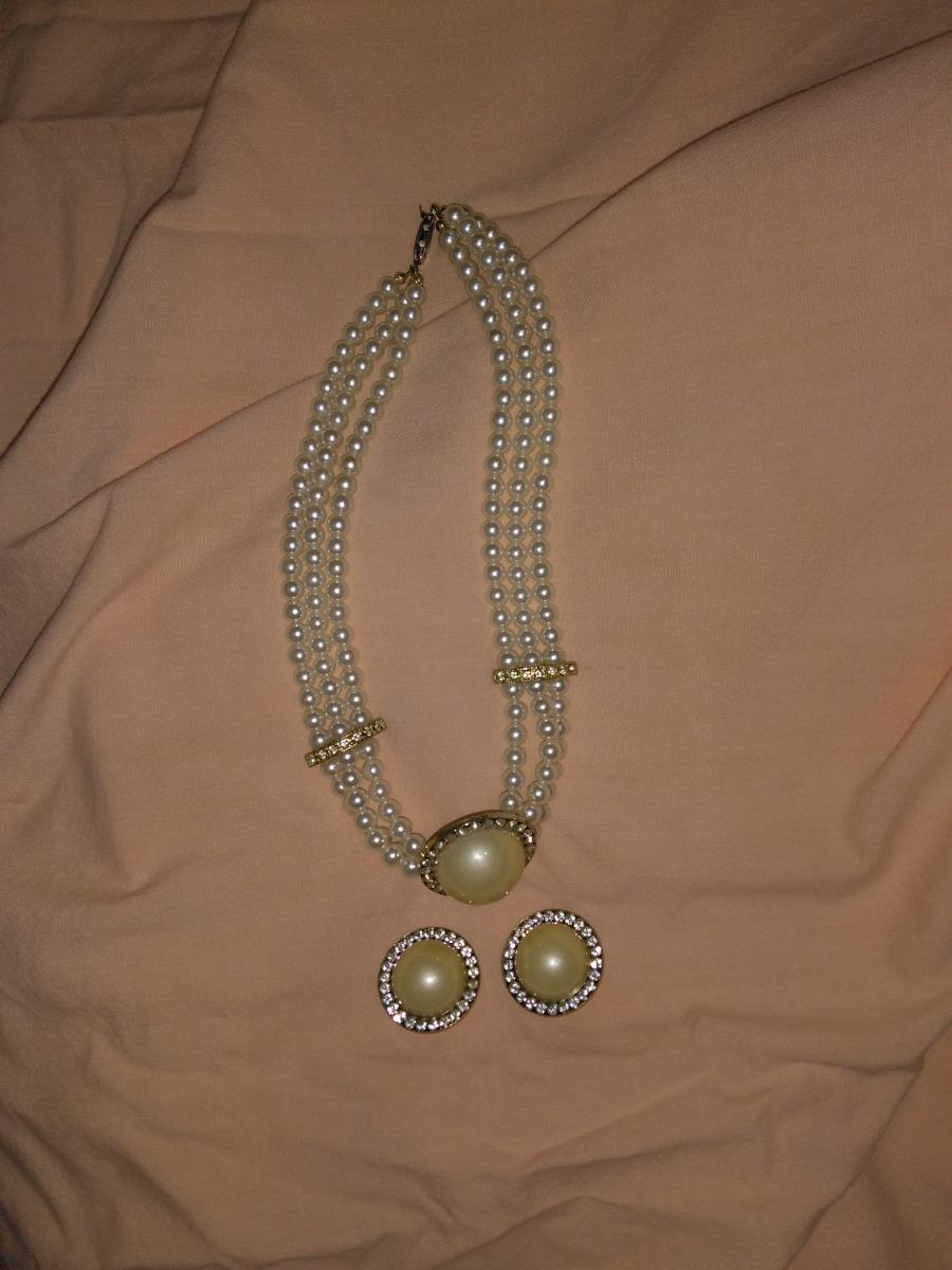 1ba2c33ac500 Vendo Hermoso Juego De Collar Con Zarcillos En Perlas.