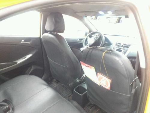 vendo hermoso taxi hyundai i25