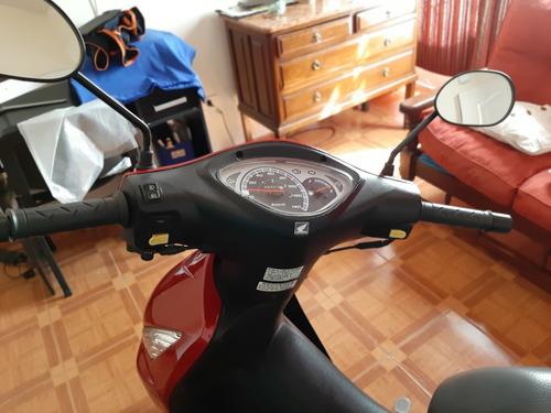 vendo!! honda biz 125cc 2015