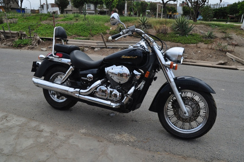 vendo honda shadow vt 750
