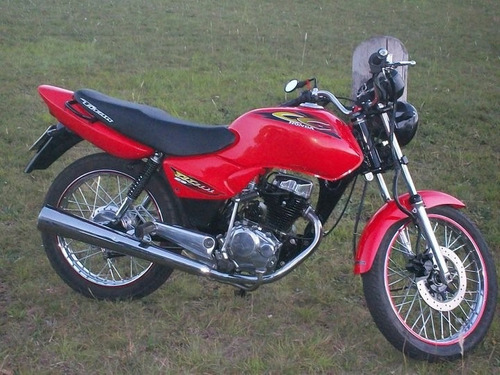 vendo honda titan 2001 impecable