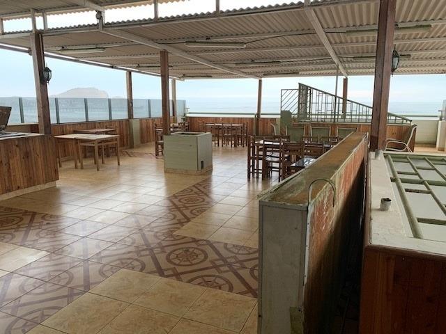 vendo hostal en funcionamiento doble frente playa cerro azul
