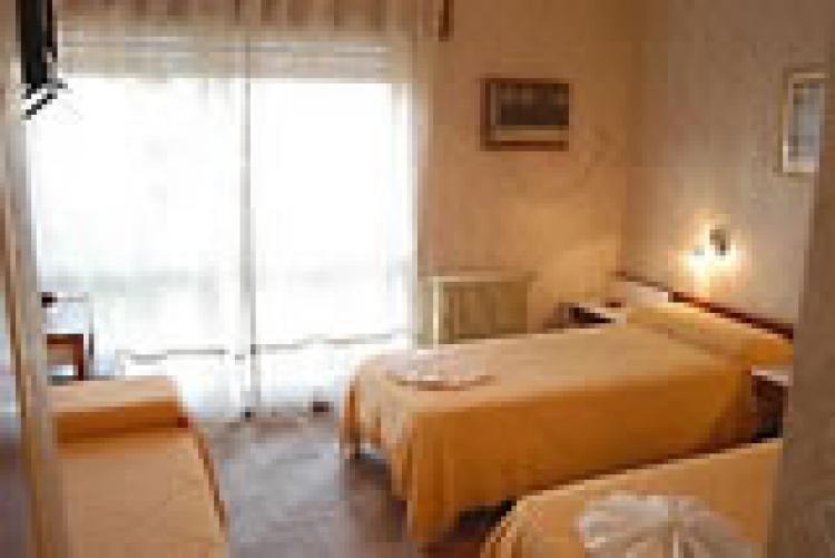 vendo hotel céntrico de 65 habitaciones