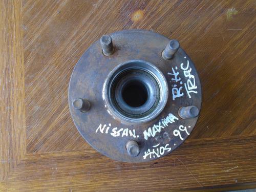vendo hub trasero derecho de nissan máxima, año 1999