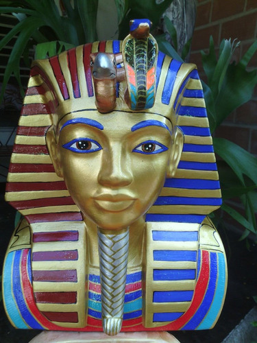 vendo imagen egipcia con base de tutankamon