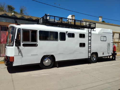 vendo impecable motorhome!!m. benz permutaria/financiacion..