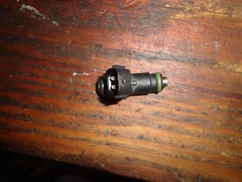 vendo inyector de skoda fabia, año 2008, # 03e 906 031a