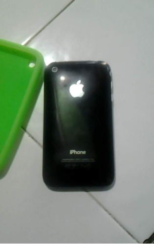 vendo iphone 3g con detalles