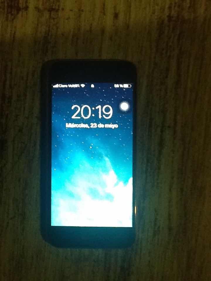 65ae8e0c8e2 Vendó iPhone 6s Liberado De Fábrica 4g En Caja + Accesorios ...
