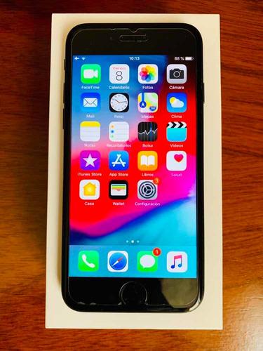 vendo iphone 7 32gb en muy buen estado con case de regalo