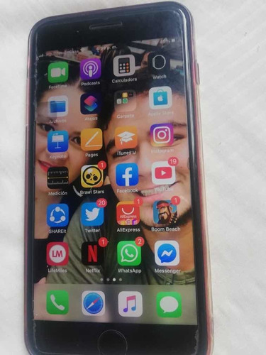 vendo iphone 8 plus de 64 gb en muy buen estado con factura
