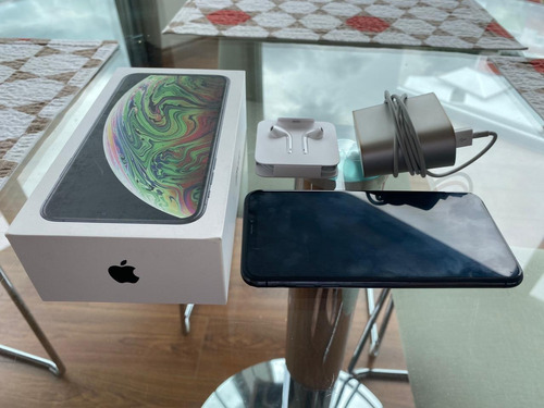 vendo iphone xs max... memoria 256 gb.