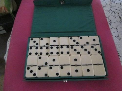 vendo juego de domino usado en buen estado