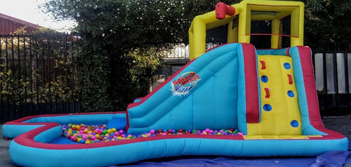 vendo juego inflable nuevo con piscina de pelotas 400und.
