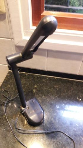 vendo lampara de oficina con brazo regulador.