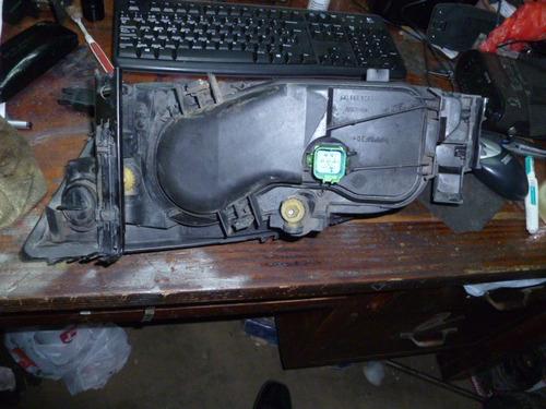 vendo lampara delantera derecha de ford mondeo,año 2004