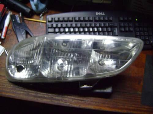 vendo lampara delantera izquierda de pontiac gram am año 92