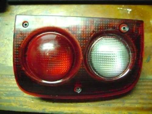 vendo lampara trasera derecha de land rover, freelander 2000