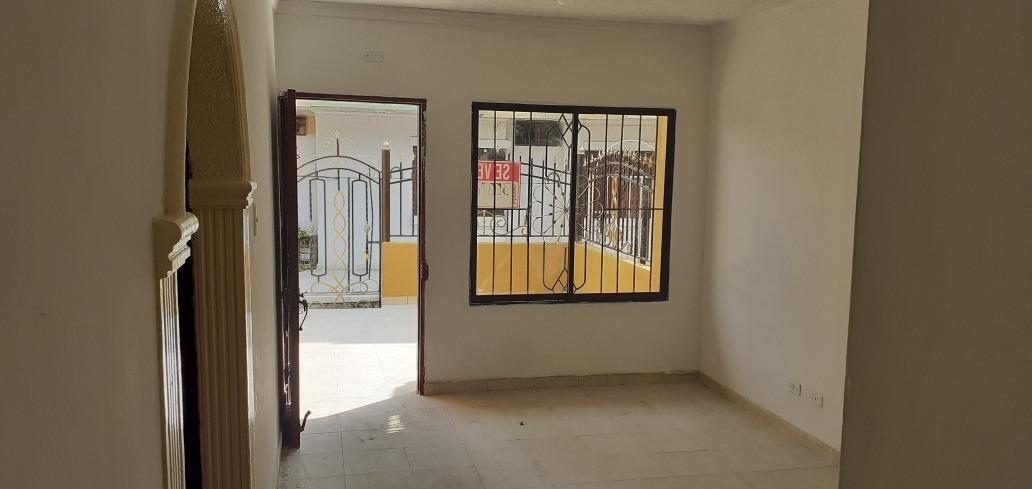 vendo linda casa 3 habitaciones,cocina,patio, 1 baño,