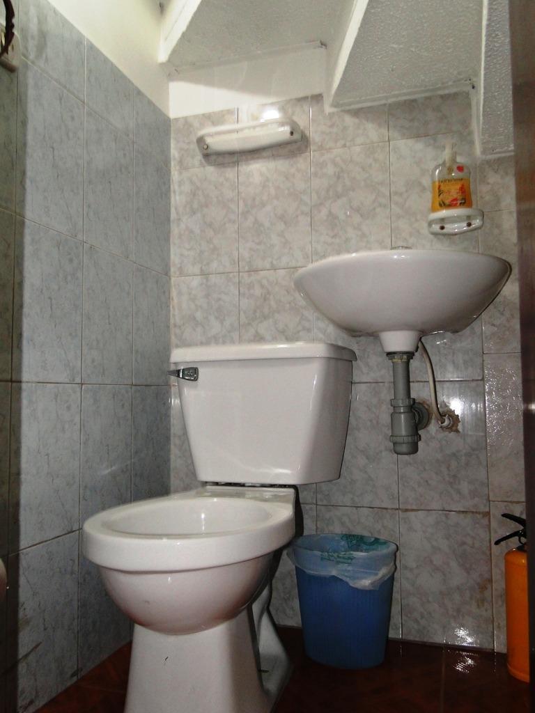 vendo linda casa en fontibón zona franca $250 mm